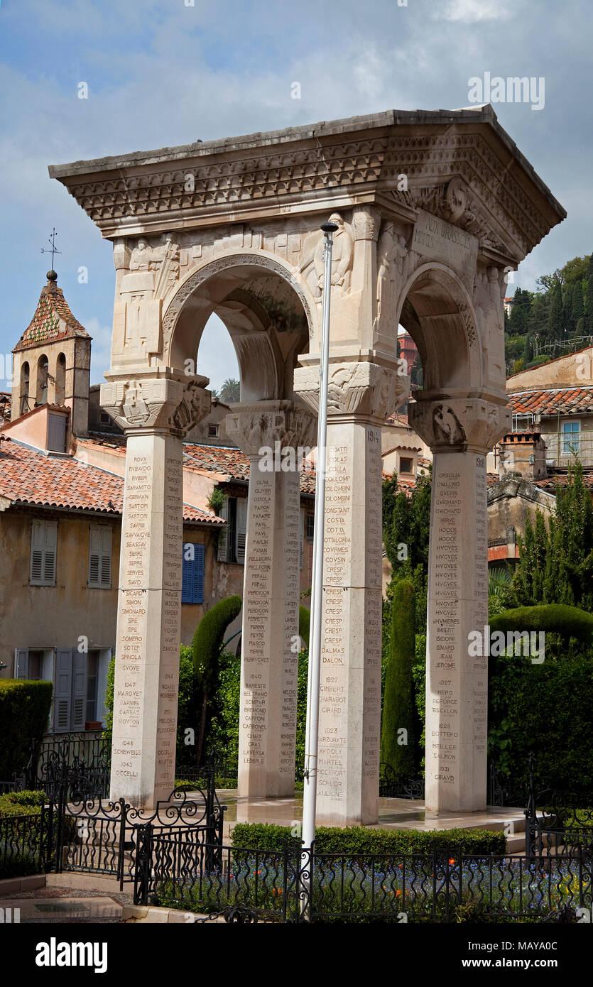 Grassois Aux Morts Pour la France, Krieg Denkmal an der Kathedrale Notre-Dame du Puy, Altstadt von Grasse, Alpes-de-Haute-Provence, Südfrankreich, Frankreich, Europa Stockbild