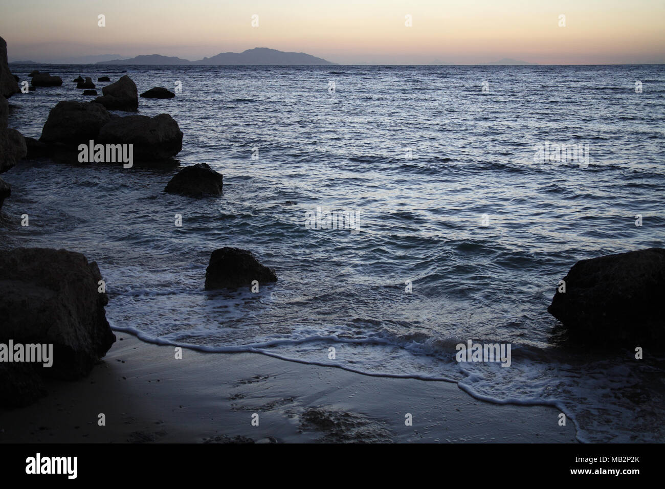 Sonnenaufgang in der Nähe von dem Meer, Ägypten, Tiran Insel Stockbild