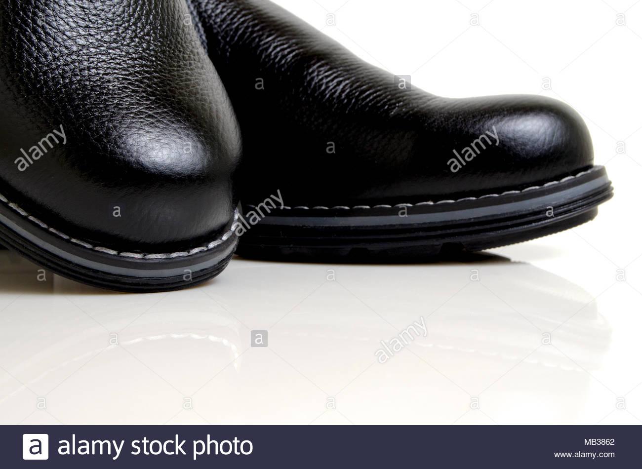 Genähte Schuhe Stockfotos & Genähte Schuhe Bilder Alamy