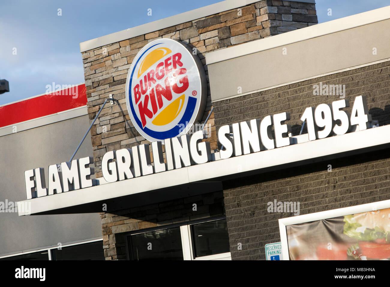 Ein Burger King fast food Restaurant Lage in Hagerstown, Maryland am 5. April 2018. Stockfoto