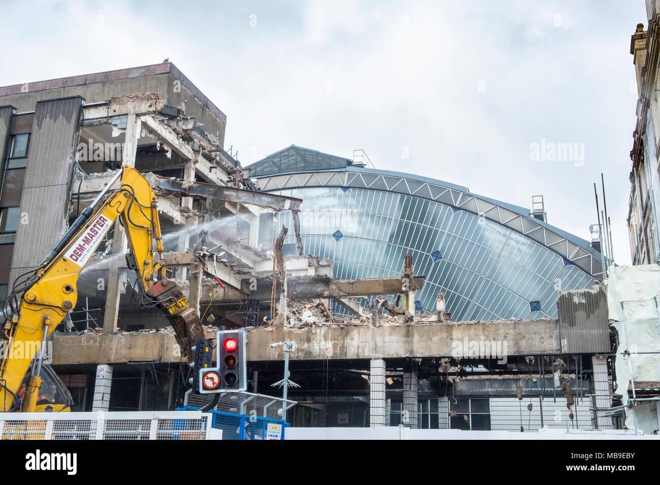 Sanierungs- und Abbrucharbeiten im Queen-Station am George Square enthüllt original alte Glas Atrium Gebäude, Glasgow, Schottland, Vereinigten K Stockbild