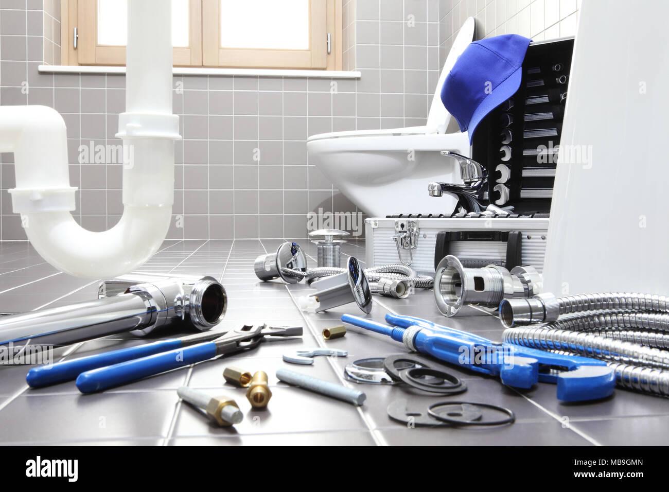 Badezimmer Installation, klempner werkzeuge und geräte in einem badezimmer, sanitär reparatur, Design ideen