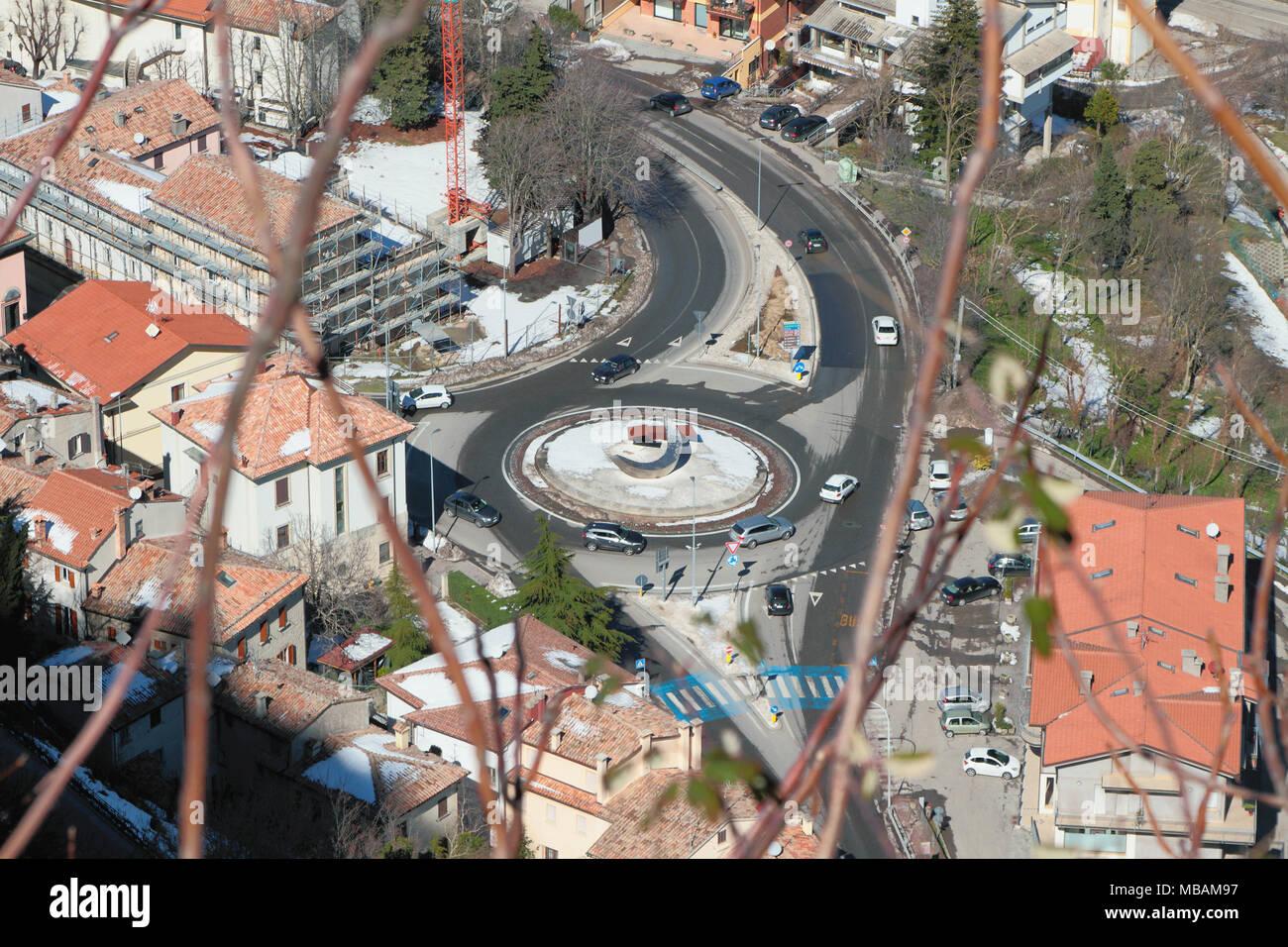 Round Intersection Stockfotos & Round Intersection Bilder - Alamy