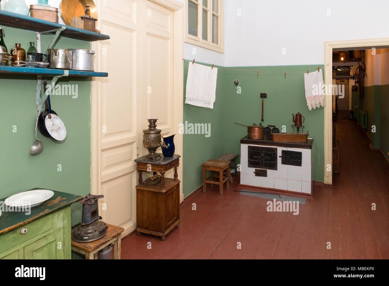 Ungewöhnlich Küche Bad Galerie Dubai Ideen - Ideen Für Die Küche ...