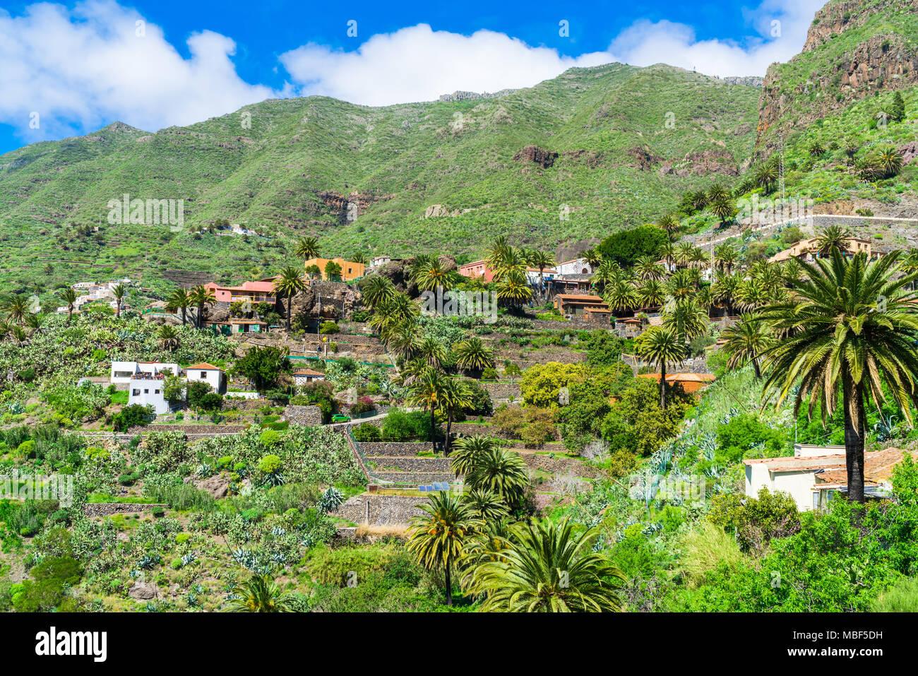 Den Berg Macizo de Teno Gebirge und das Dorf Masca auf Teneriffa, Kanarische Inseln Stockbild