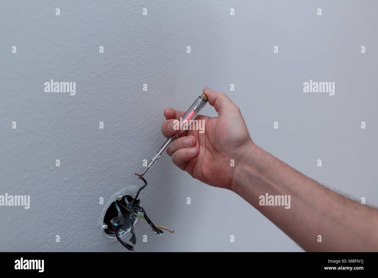 Atemberaubend Installieren Sie Den Aus Schalter Bilder - Der ...