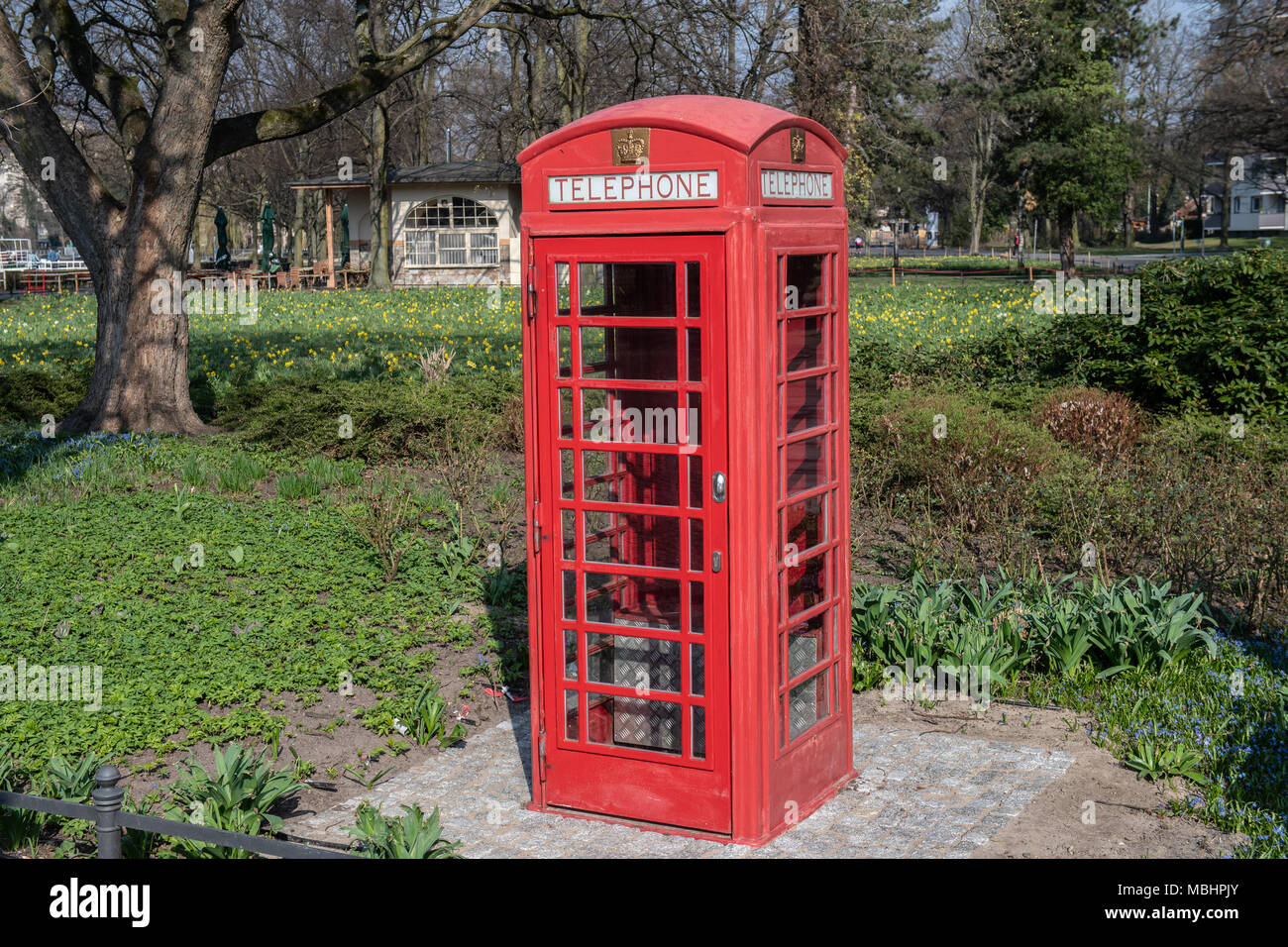 11 April 2018 Berlin Deutschland Eine Englische Telefonzelle Auf