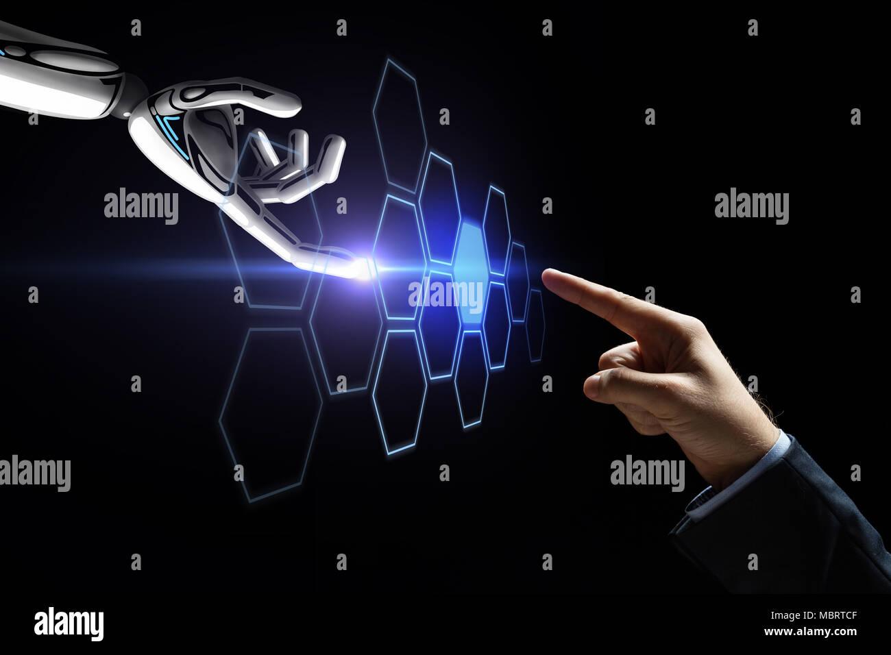 Roboter und menschliche Hand berühren Netzwerk Hologramm Stockbild