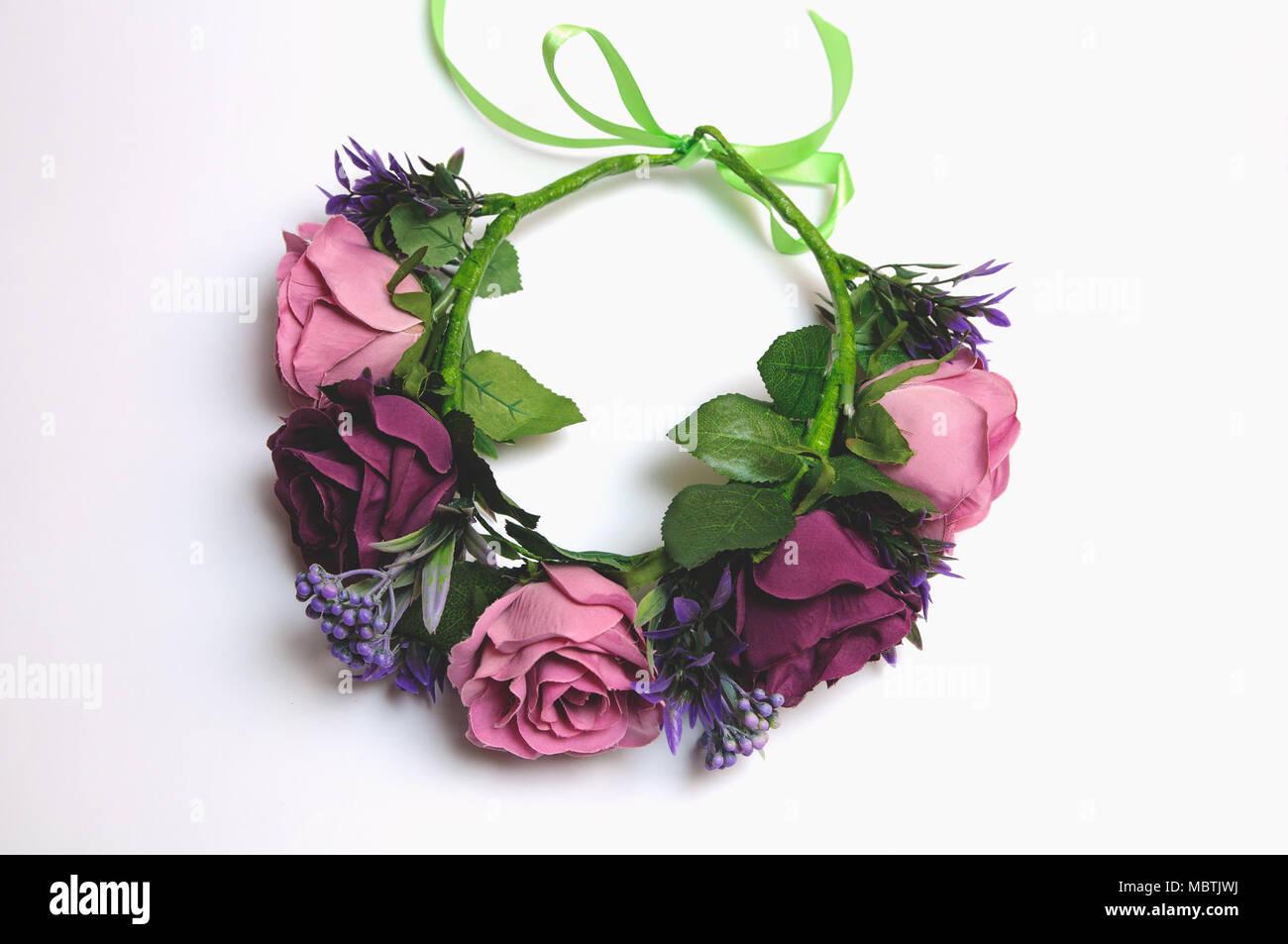 b7edd83654c96 Hochzeit Kranz aus künstlichen Blumen Ausschreibung handgefertigte Stockbild