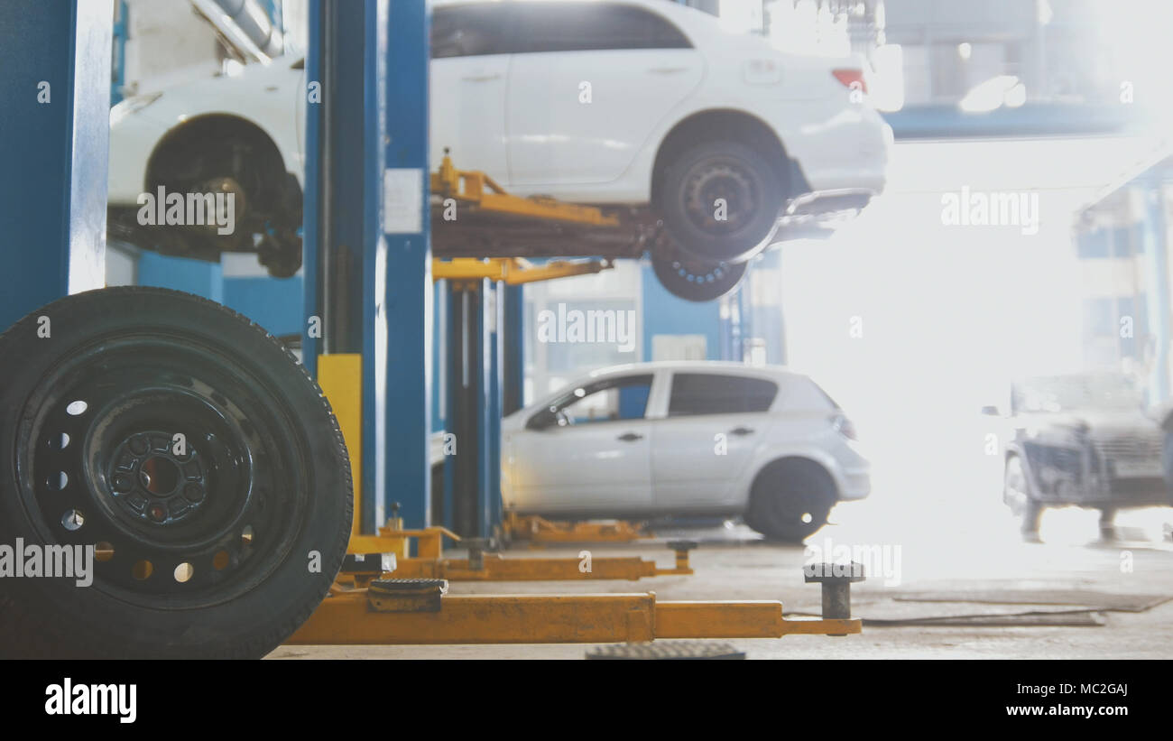 Automotive Equipment Stockfotos & Automotive Equipment Bilder - Alamy