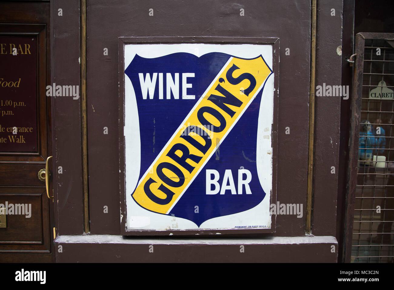 Gordons Bar Stockfotos & Gordons Bar Bilder - Alamy