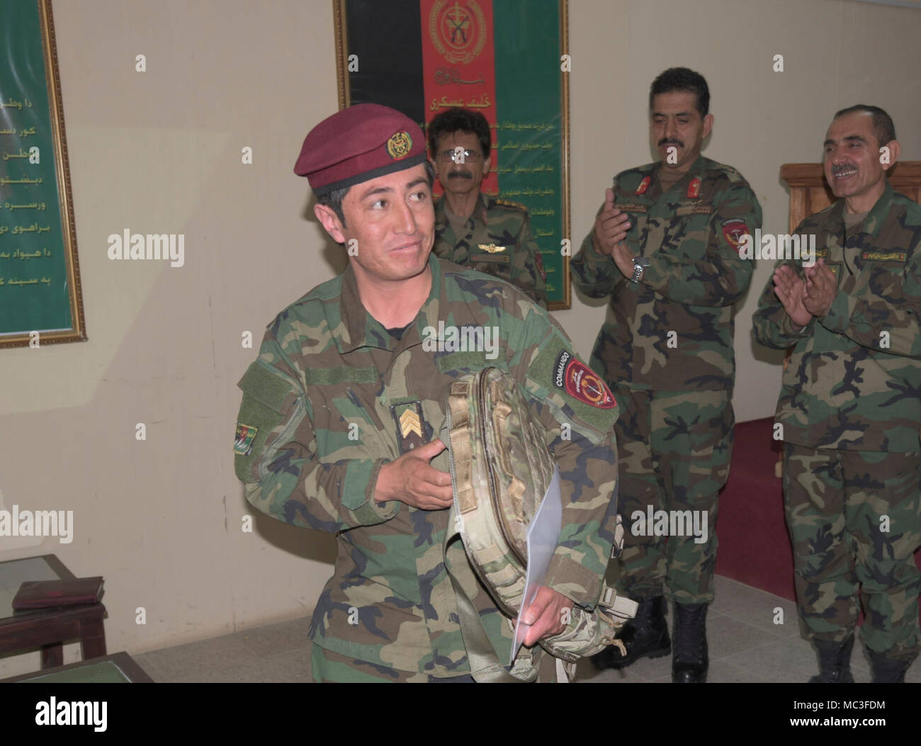 Nato Air Training Command Afghanistan Commander Stockfotos & Nato ...