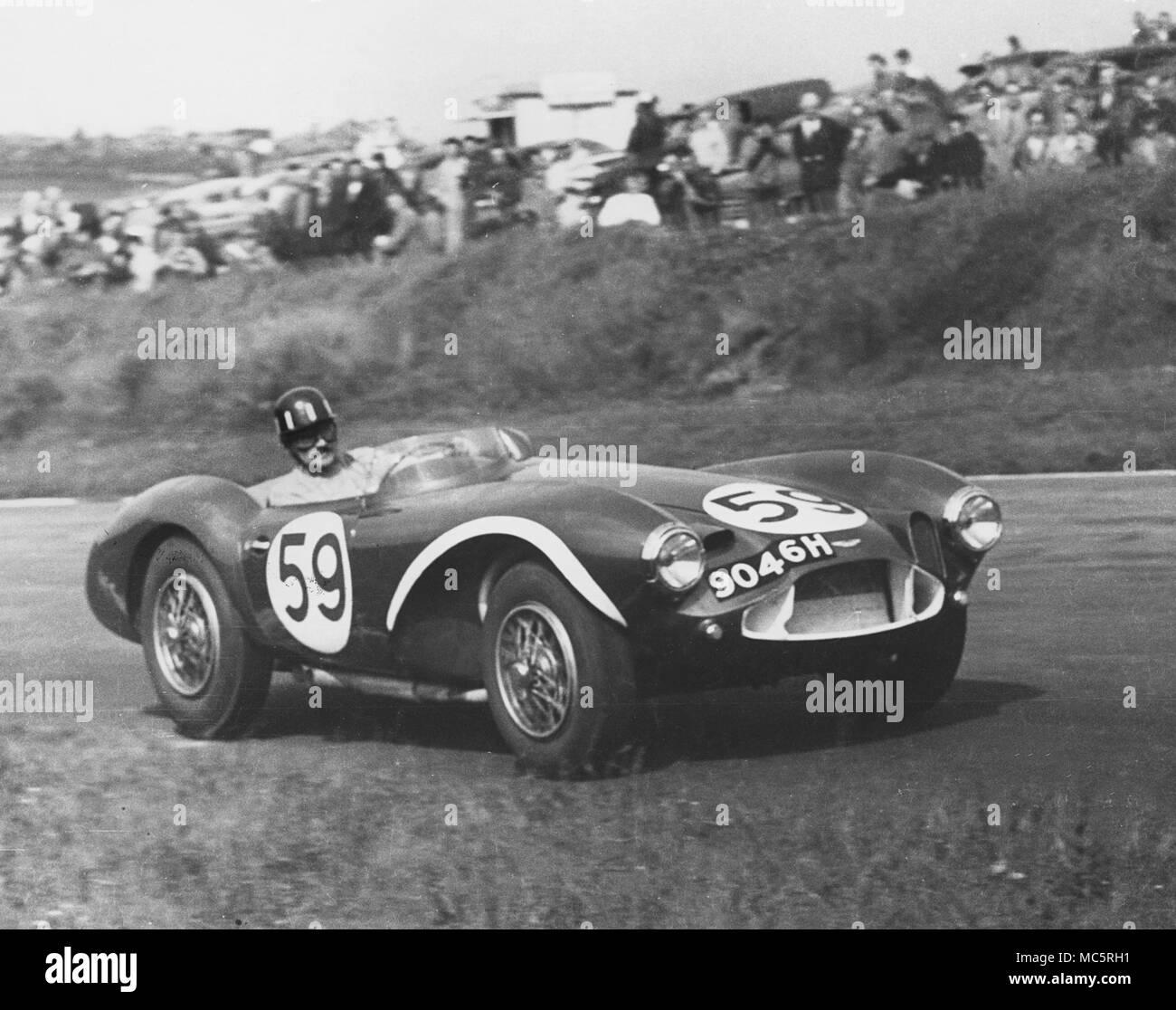 Aston Martin DB 3 S Graham Hill, Brands Hatch unbegrenzte Sportwagen Rennen 19.5.1957 Stockbild