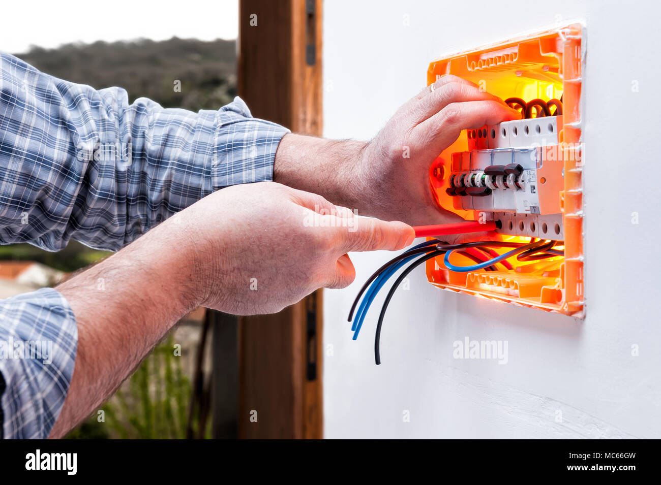 Circuit Breaker Panel Stockfotos & Circuit Breaker Panel Bilder - Alamy