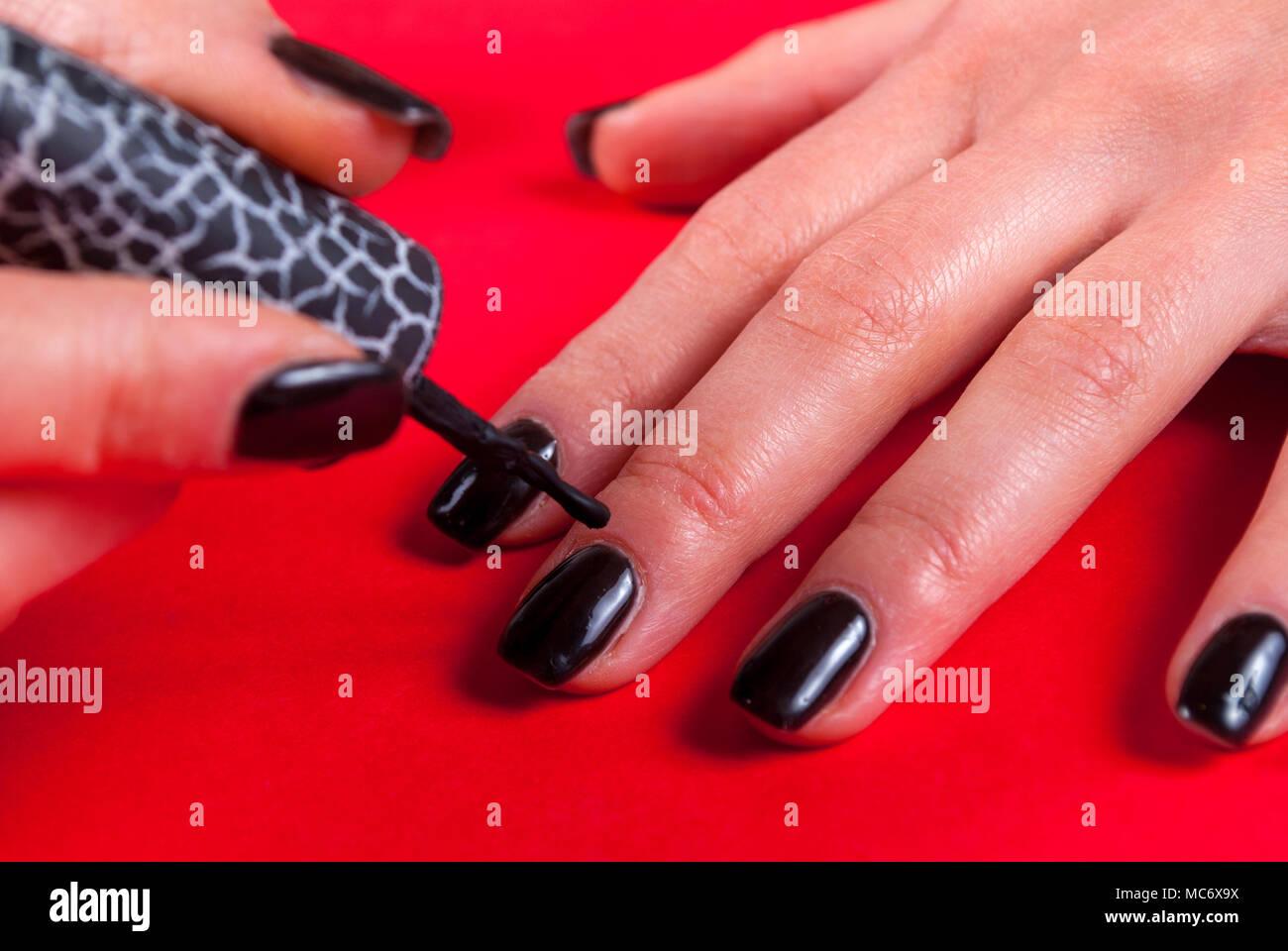 Gel Polish Stockfotos & Gel Polish Bilder - Alamy