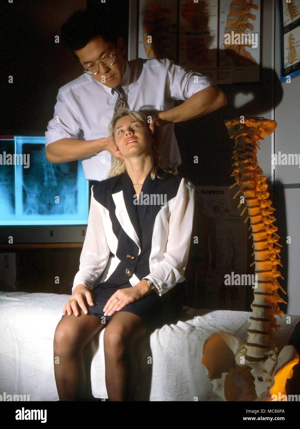 Ungewöhnlich Bilder Des Skelettsystems Fotos - Menschliche Anatomie ...
