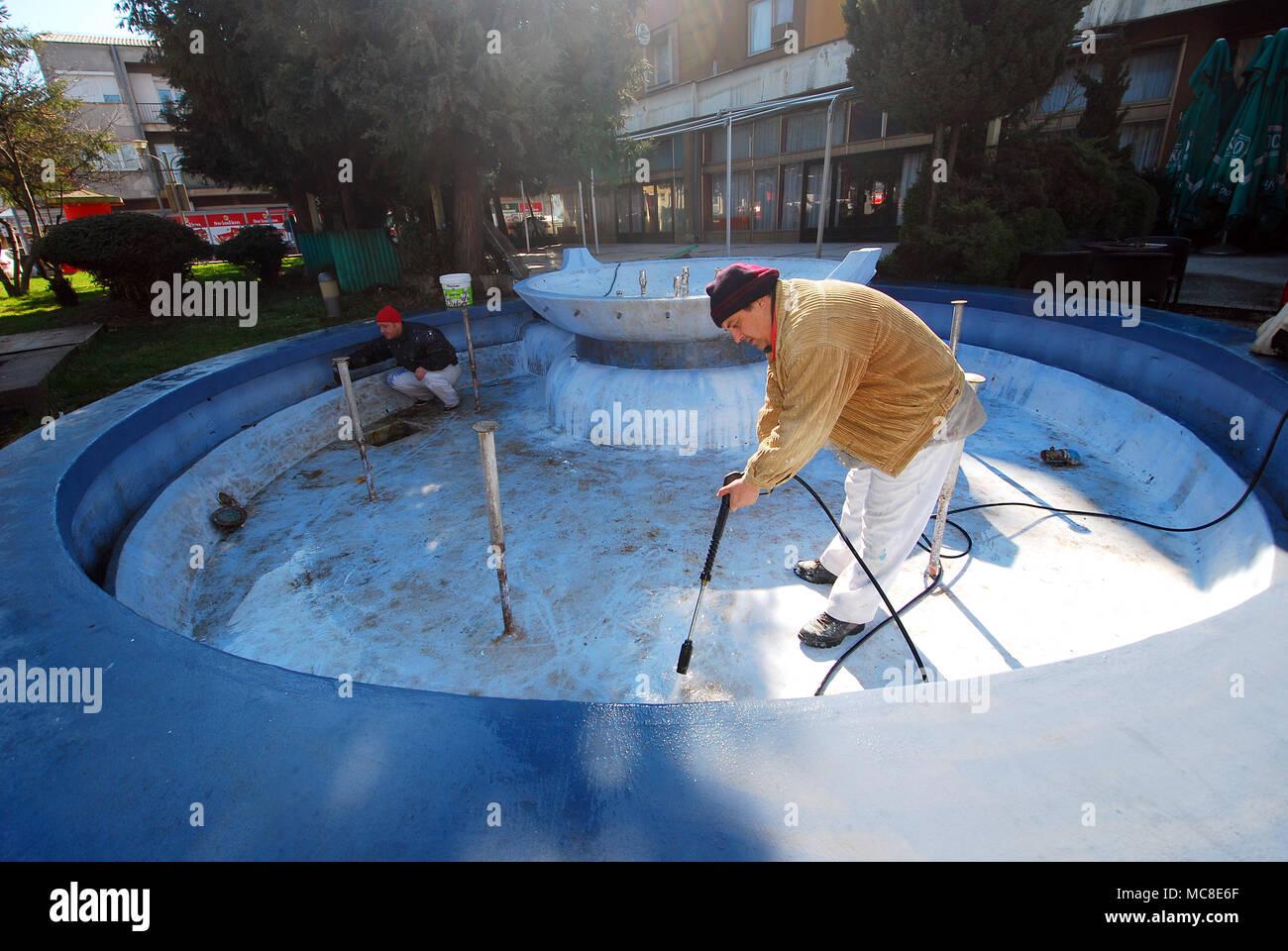 Inwardly Stockfotos & Inwardly Bilder - Alamy