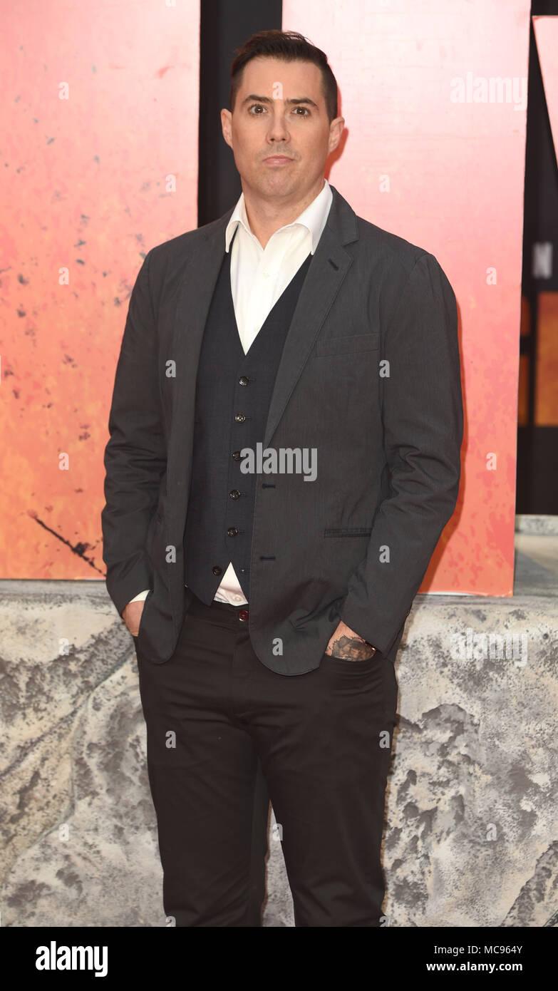 Foto muss Gutgeschrieben © Alpha Presse 079965 11/04/2018 Brad Peyton Europäischen werden Premiere von Rampage Cineworld Leicester Square London Stockbild