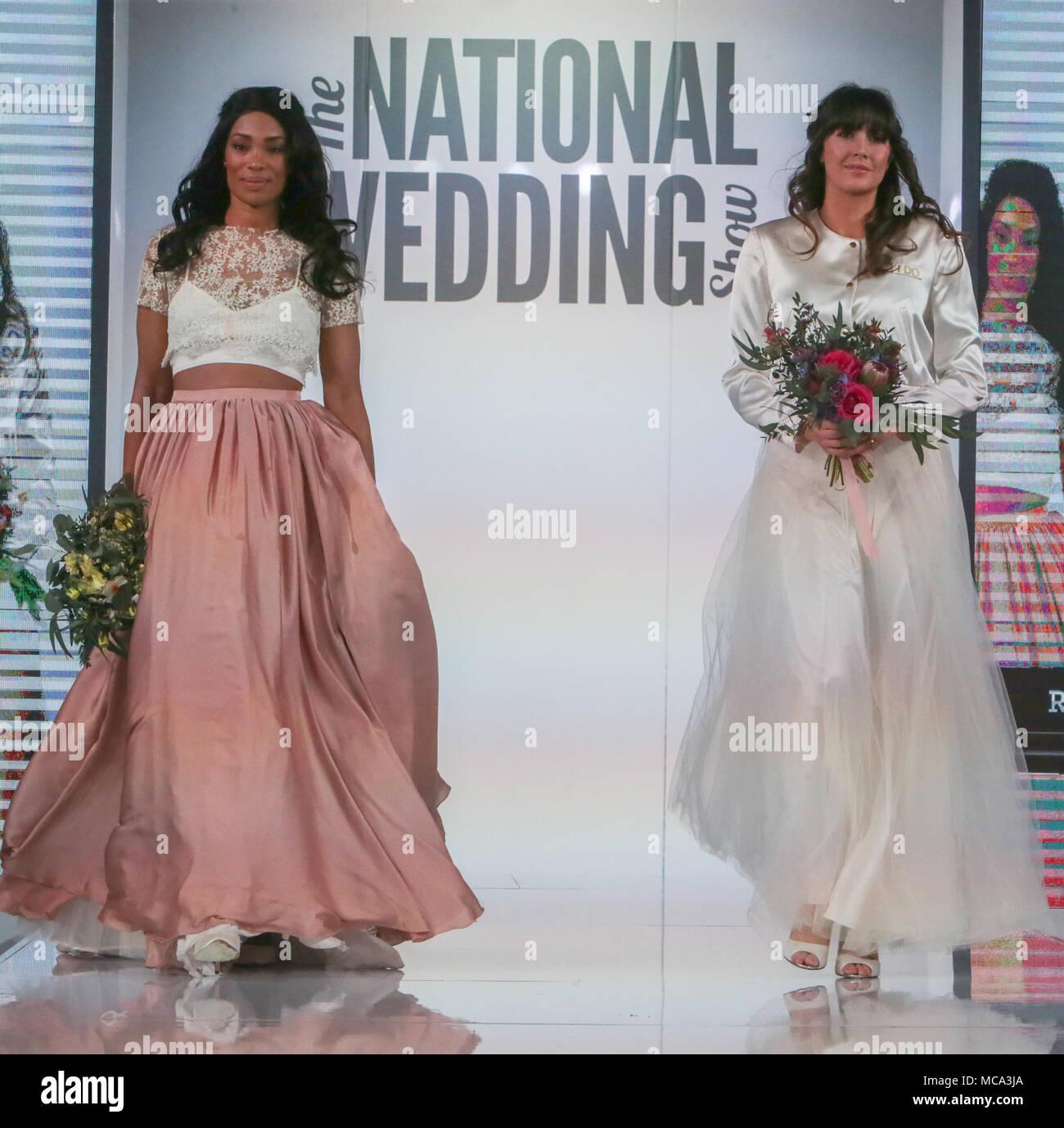 Ausgezeichnet Outfits Für Hochzeiten Uk Galerie - Brautkleider Ideen ...