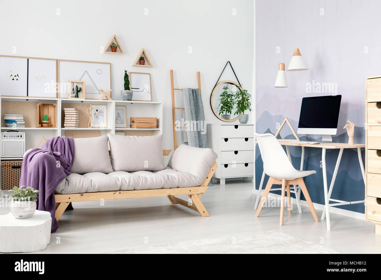 Die Eleganten Weißen Teenager Zimmer Einrichtung Mit Holz Beige