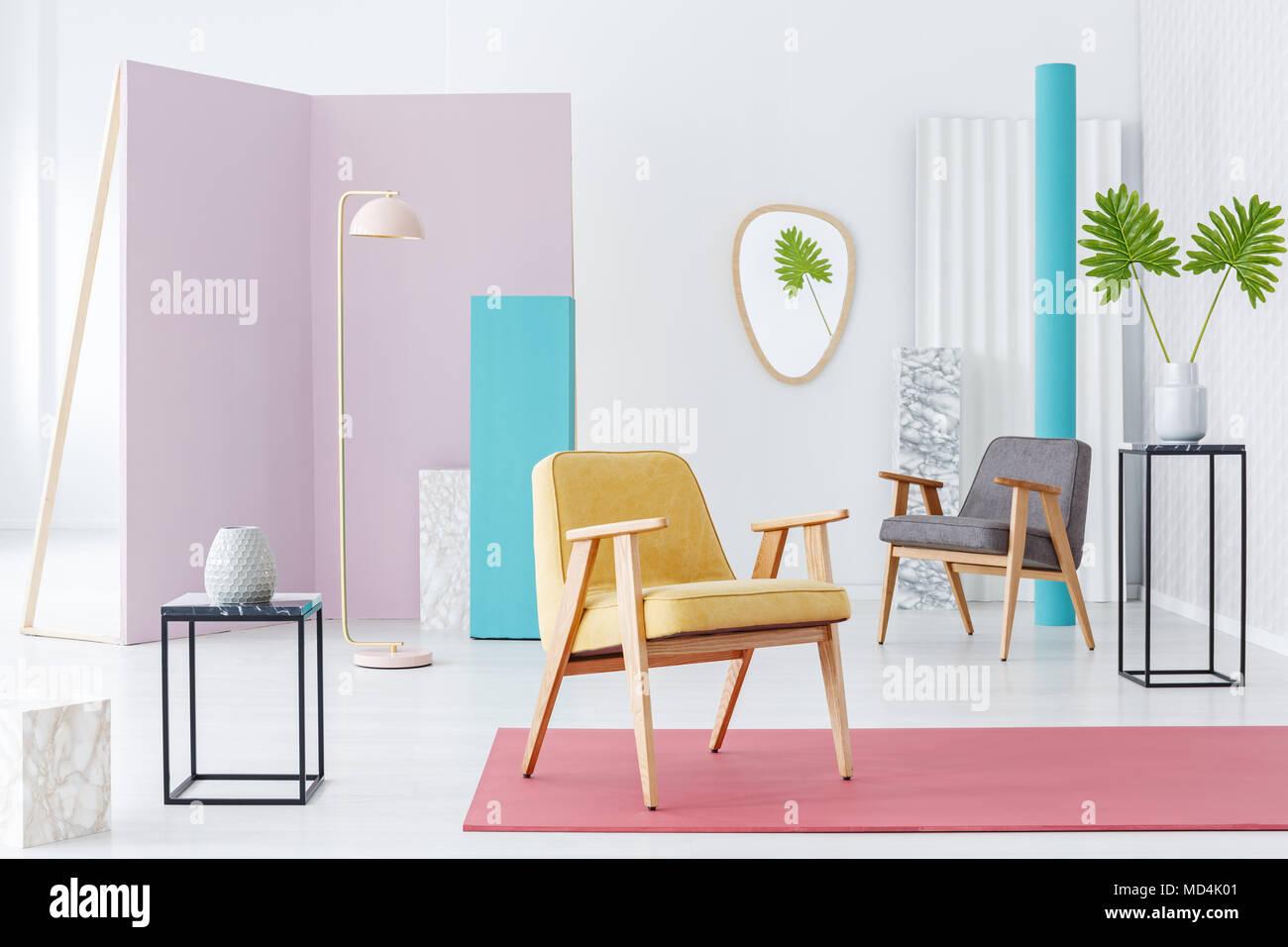 Inspiration Für Eine Moderne Möbel Katalog Mit Einem Gelben Sessel