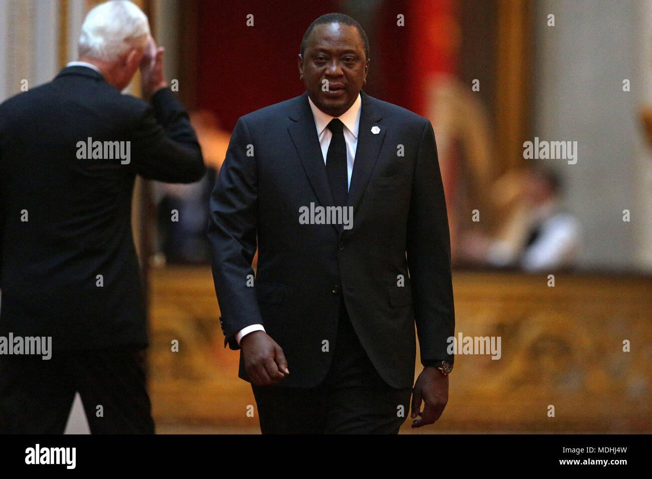 Kenias Präsident Uhuru Kenyatta kommt im Osten Galerie am ...