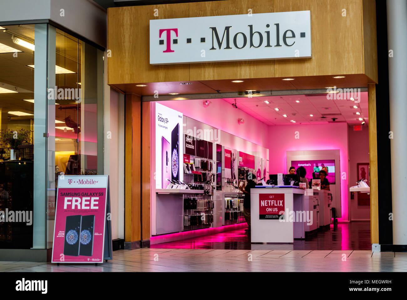 Dayton Ca April 2018 T Mobile Retail Wireless Store Die