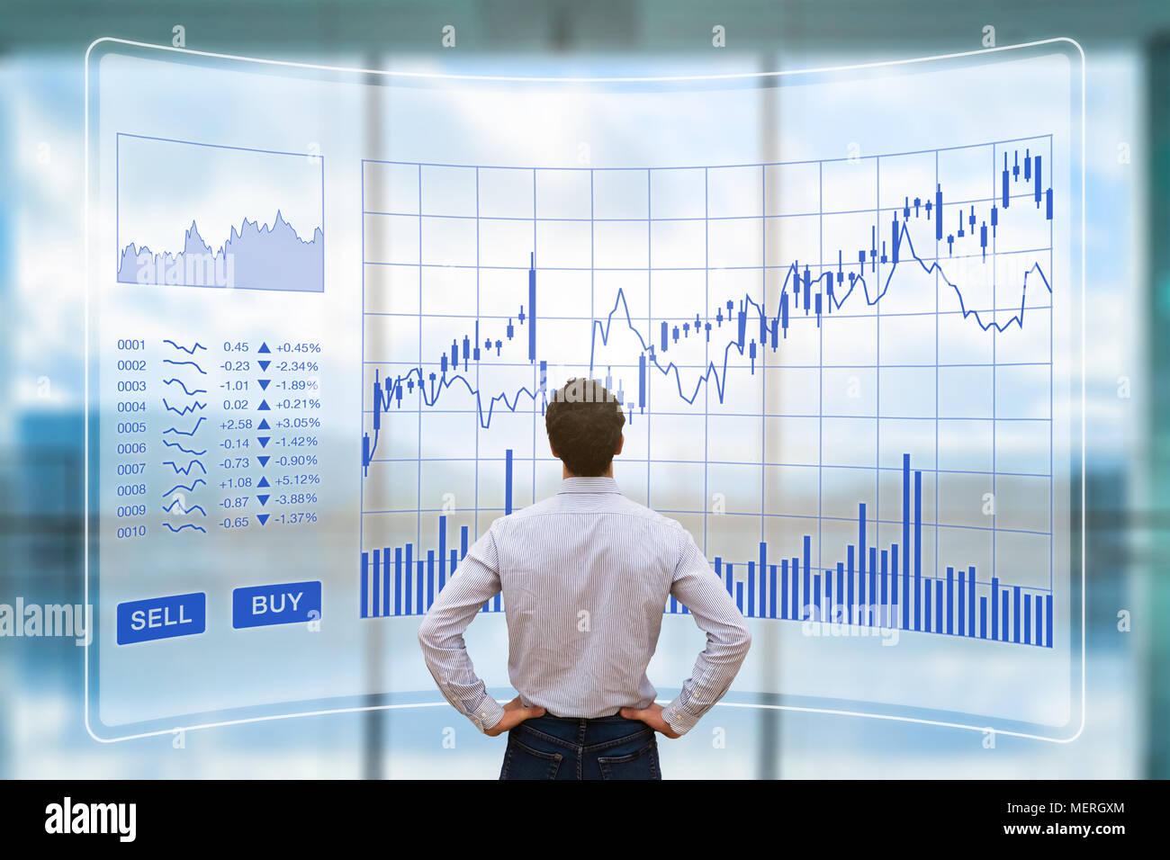 Händler Analyse Forex (Foreign Exchange) trading Charts mit Tasten kaufen auf dem Bildschirm Schnittstelle, Finanz Technologie (fintech) Börse anhand von quantitativen Simulatio Stockbild