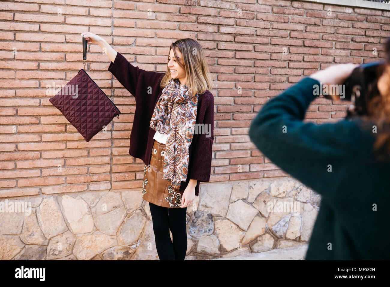 Fashion Designer tun, nehmen Sie ein Foto auf Ihrer neuen Produkte Stockbild