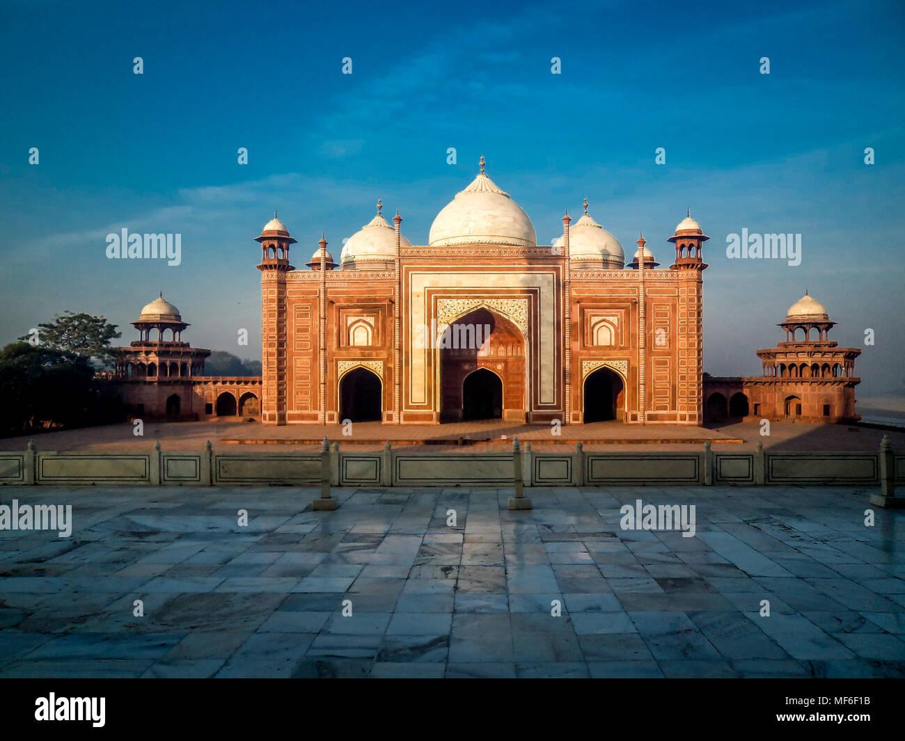 Die Moschee im Taj Mahal, Agra, Indien Stockbild