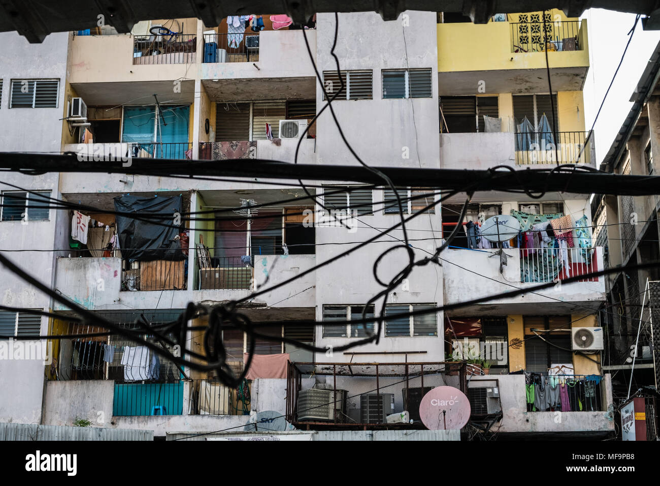 City Poor Neighborhood Stockfotos & City Poor Neighborhood Bilder ...