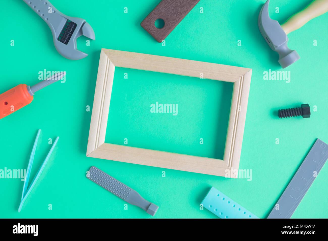 Berühmt Bilderrahmen Werkzeuge Und Geräte Zeitgenössisch ...