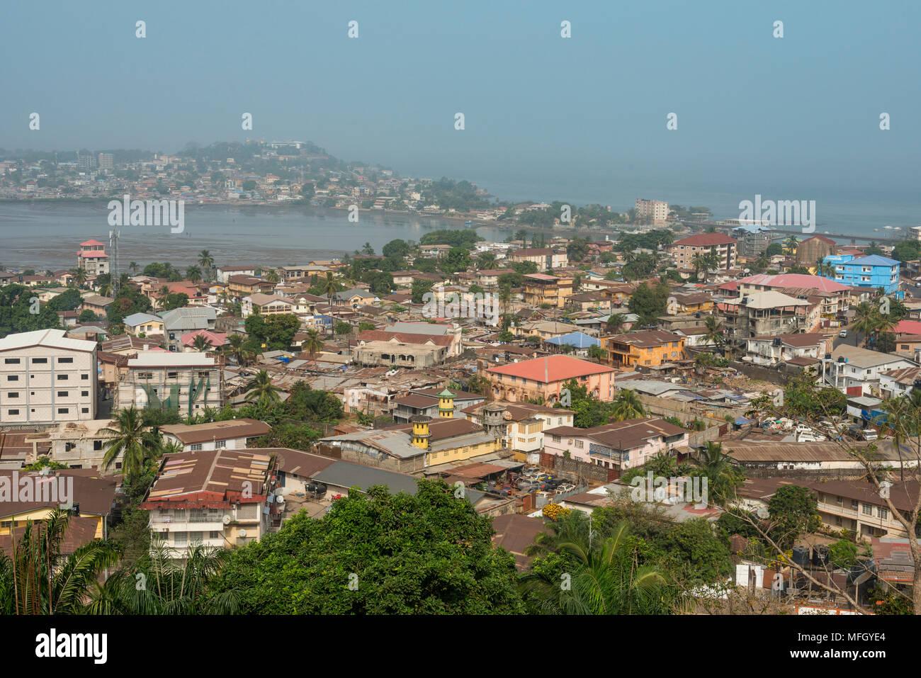 Blick Uber Freetown Sierra Leone West Afrika Afrika Stockfotografie Alamy