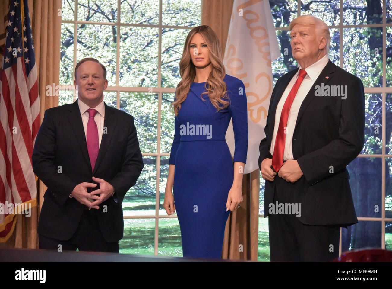 madame tussauds new york reveals stockfotos und -bilder