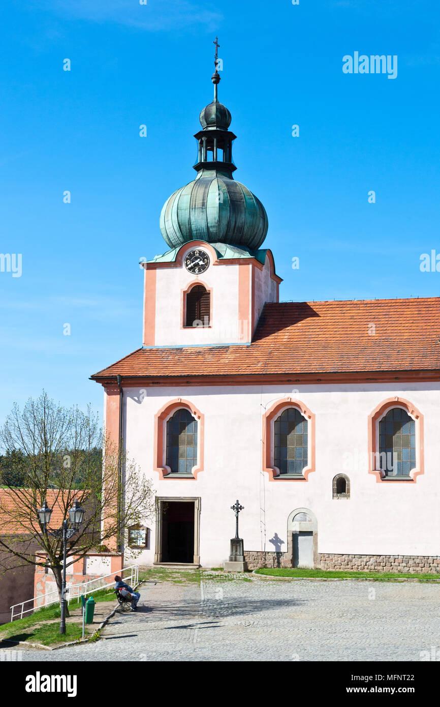 Kostel sv. Mikulá?e, Nový Knín, St?edo?eský kraj, ?eská republika/St Nikolaus Kirche, Novy Knin, Mittelböhmische Region, Tschechische Republik Stockbild