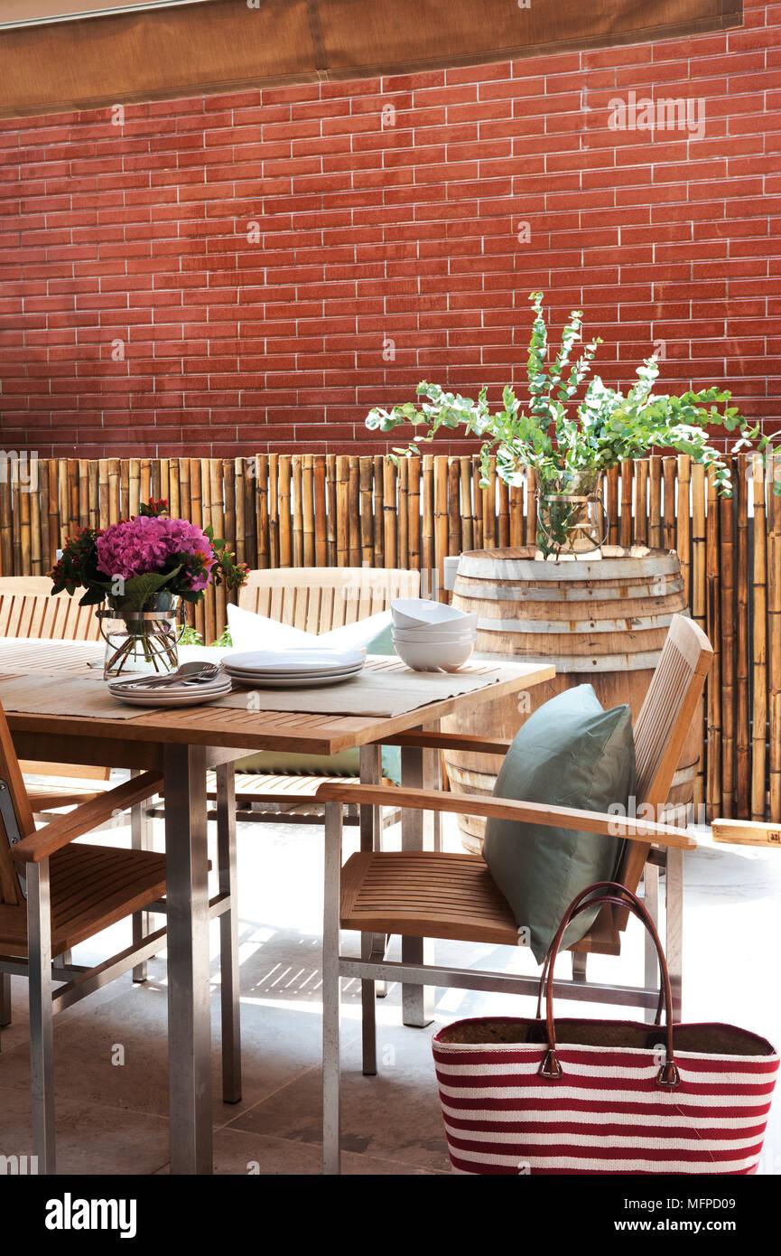 Gemütlich Küchentisch Und Stühle Zum Verkauf In Irland Bilder ...