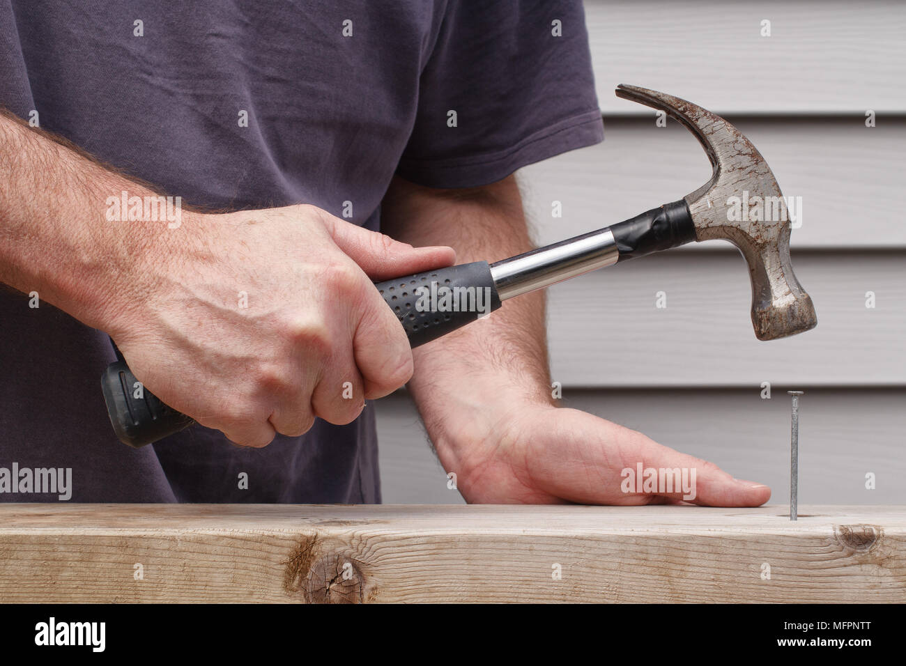 Metal Hammer With Wood Handle Stockfotos & Metal Hammer With Wood ...