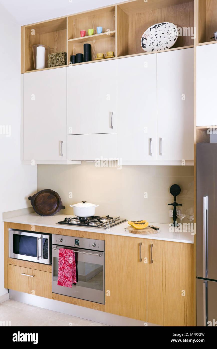 Atemberaubend Küchenecke Einheiten Uk Zeitgenössisch - Küche Set ...