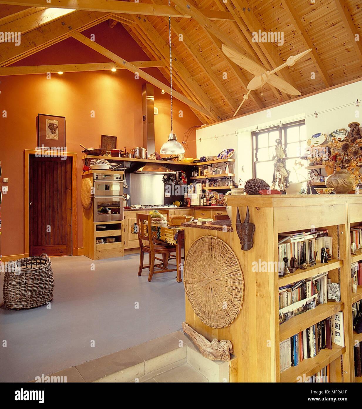 Sloping Ceiling Kitchen Stockfotos & Sloping Ceiling Kitchen Bilder ...