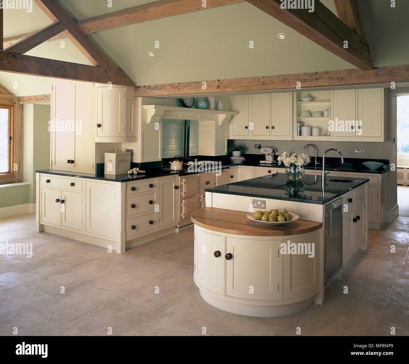Moderne Küche im Landhausstil mit neutralen Farbe Einheiten ...