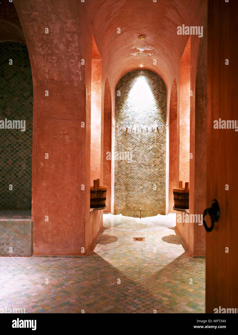 Marokkanische terrracotta Dusche Zimmer gewölbedecke ...