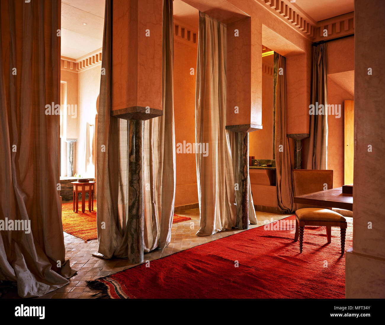 ceiling terracotta stockfotos ceiling terracotta bilder alamy. Black Bedroom Furniture Sets. Home Design Ideas