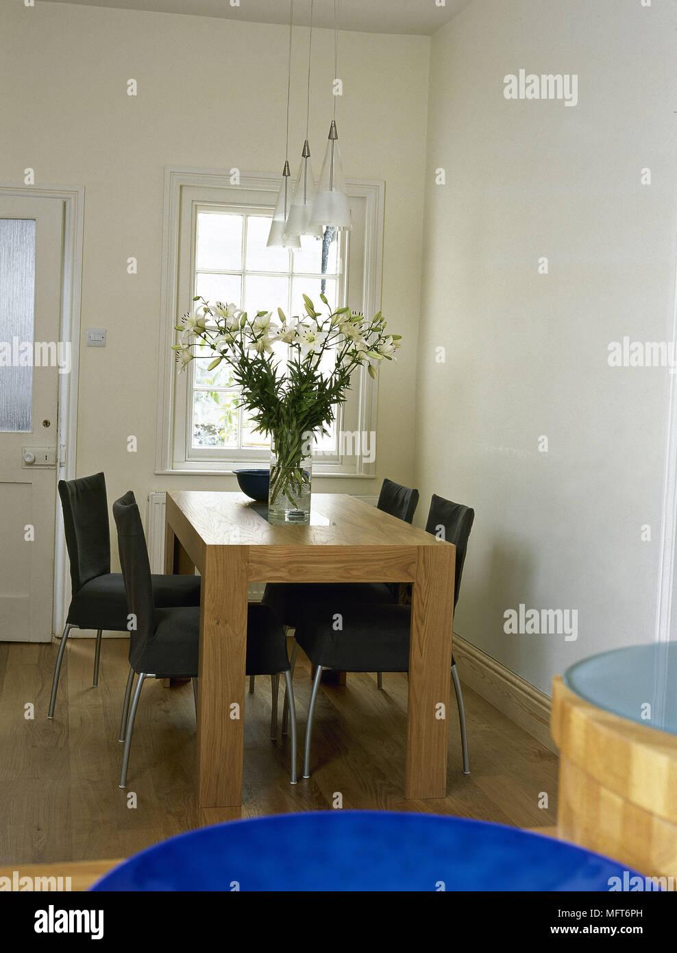 Moderne Kuche Essbereich Holz Tisch Stuhle Interieur Kuchen Zimmer