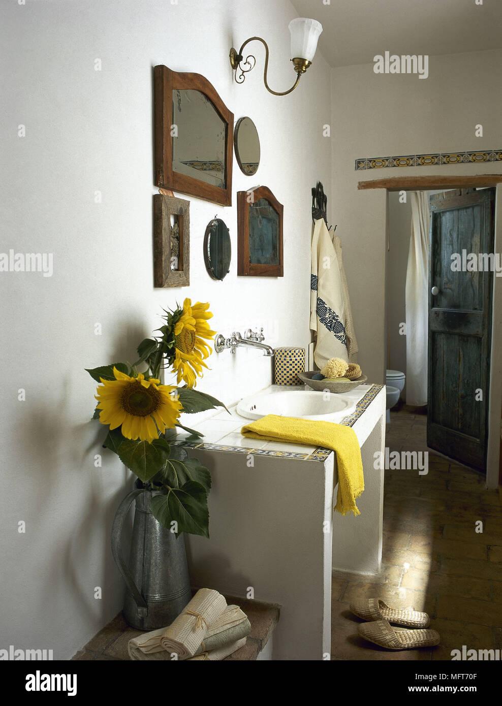 Landhausstil Badezimmer Waschbecken Aus Keramik Surround Inneneinrichtung  Badezimmer Waschbecken
