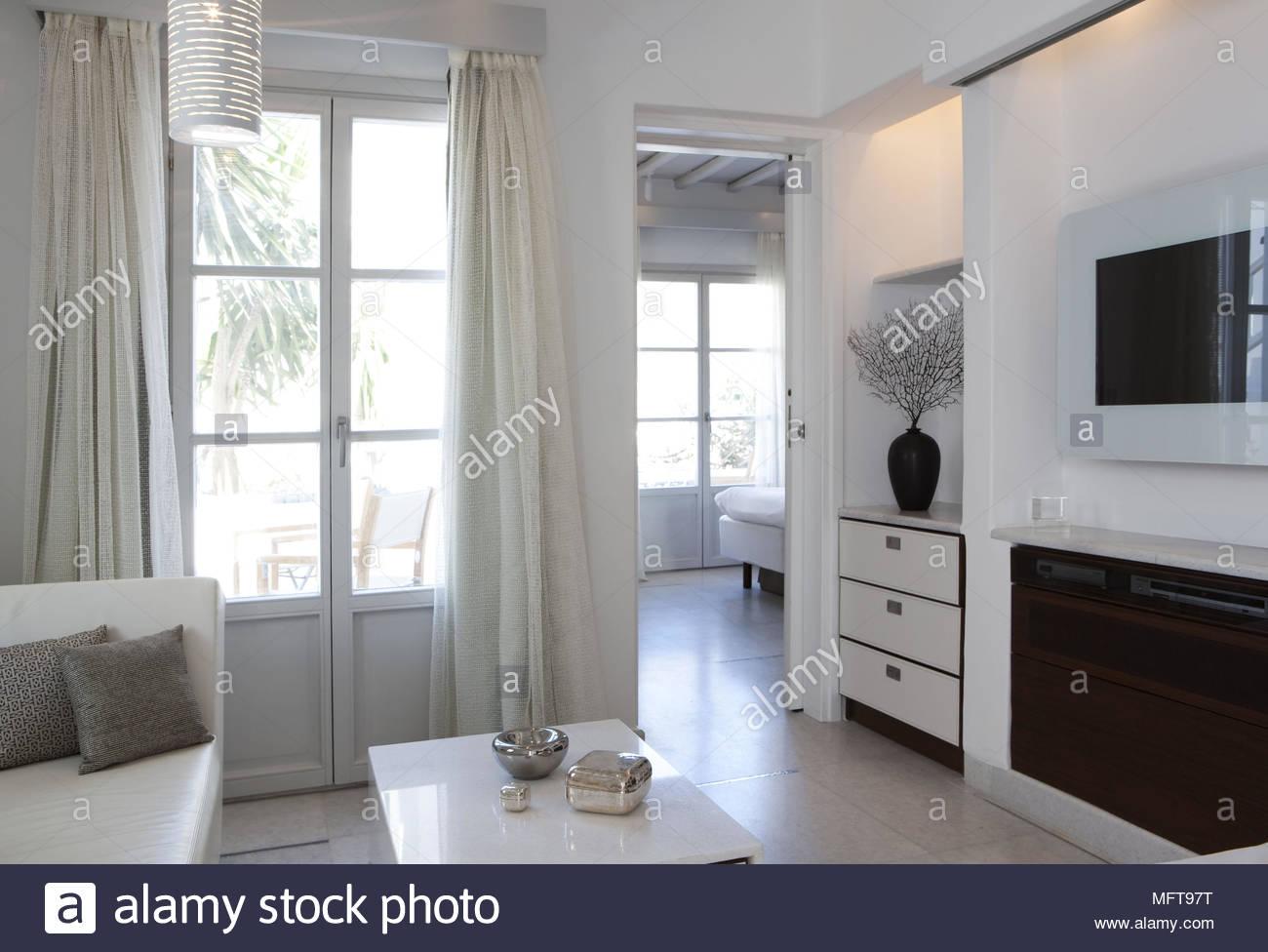 fernseher wand montieren wohnzimmer, sitzbereich mit fernseher an der wand in der modernen wohnzimmer, Design ideen