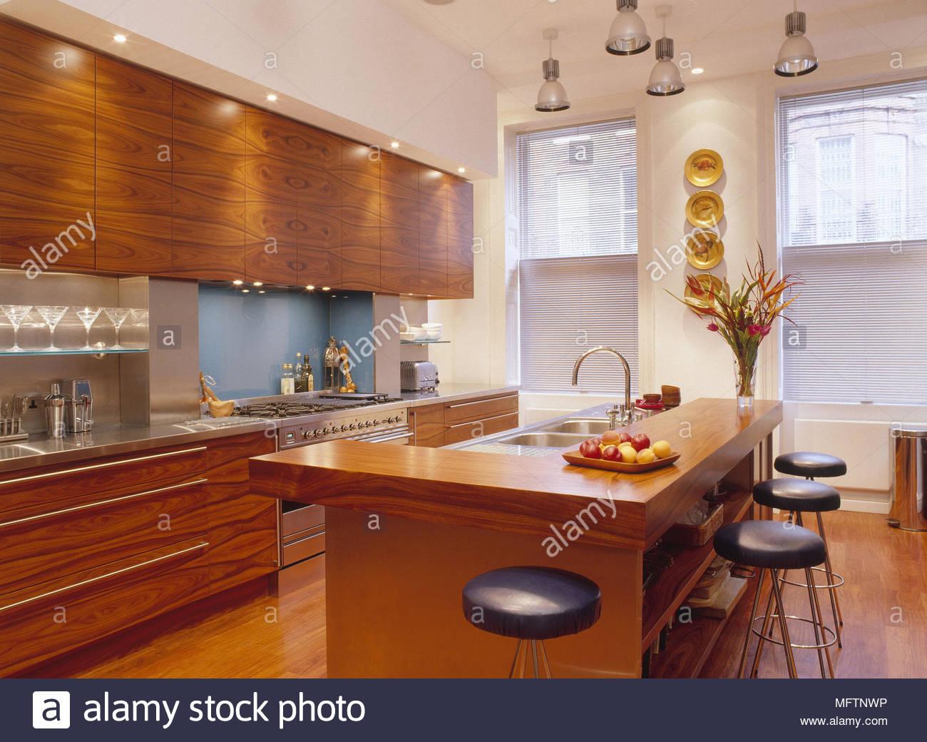Großartig Küche Design Ideen Mit Frühstücksbar Bilder ...