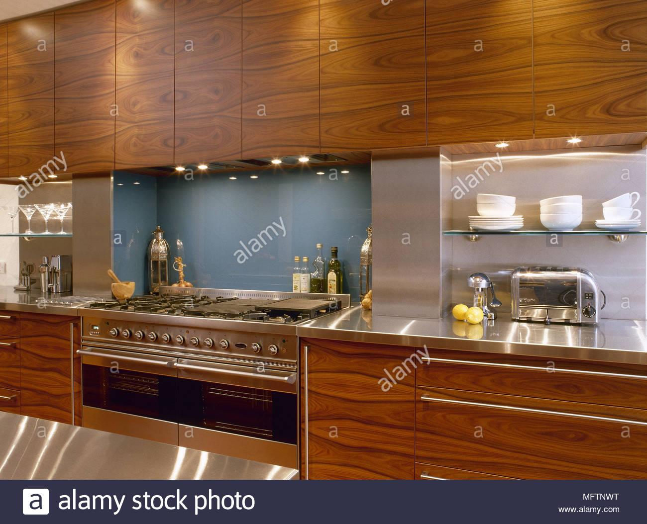 Erfreut Farben Für Küchen Mit Holzschränken Bilder - Ideen Für Die ...