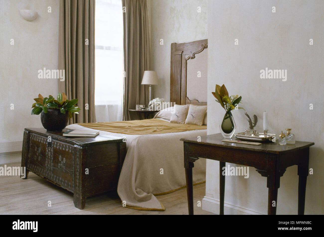 Curtained Window Stockfotos & Curtained Window Bilder - Alamy