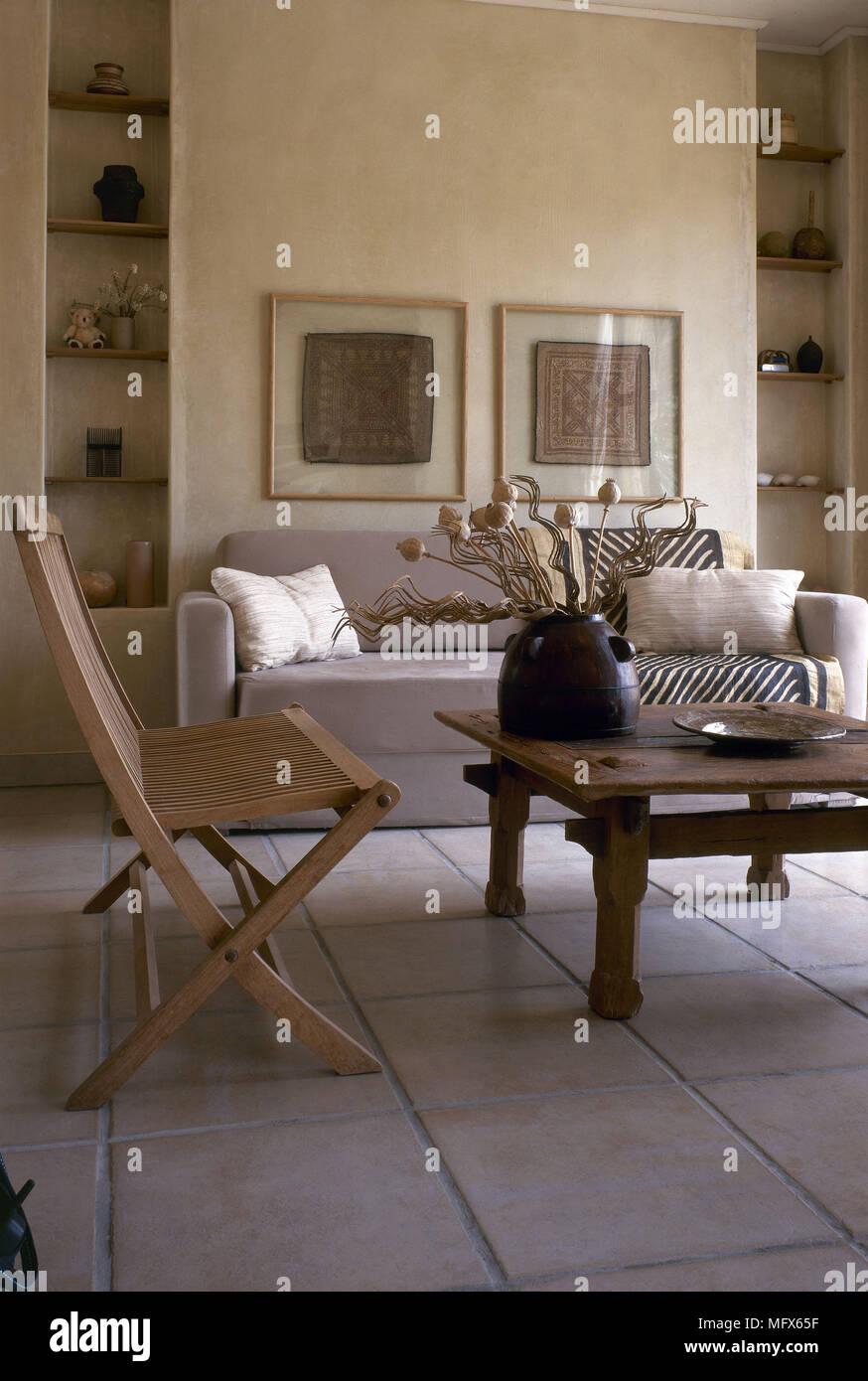 Moderne Wohnzimmer fliesen Steinboden sofa rustikalem Holz ...