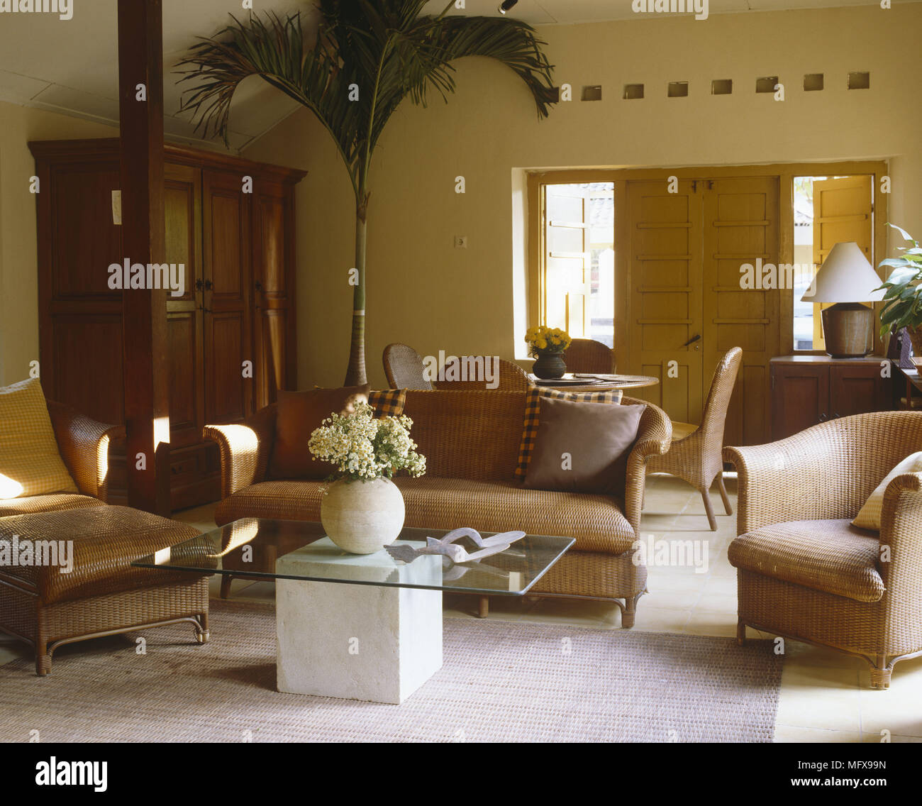 Rattan Furniture Stockfotos & Rattan Furniture Bilder - Alamy